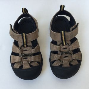 Toddler Keen sandals brown leather velcro